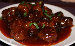 Weeknight Dinner: Saucy Sweet and Sour Meatballs