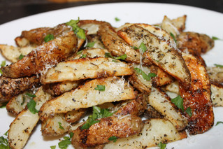 Oh, Ya Baby...Crispy Garlic Parmesan Potato Wedges!!