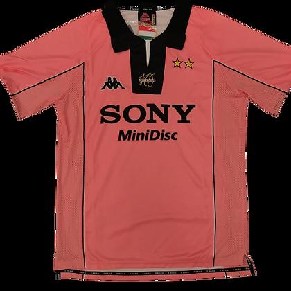 Juventus 1997/98 Retro Away Kit