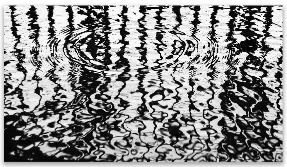 pier ripple border.jpg