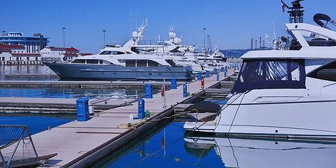 Yacht-Club-for-web-panorama_edited.jpg