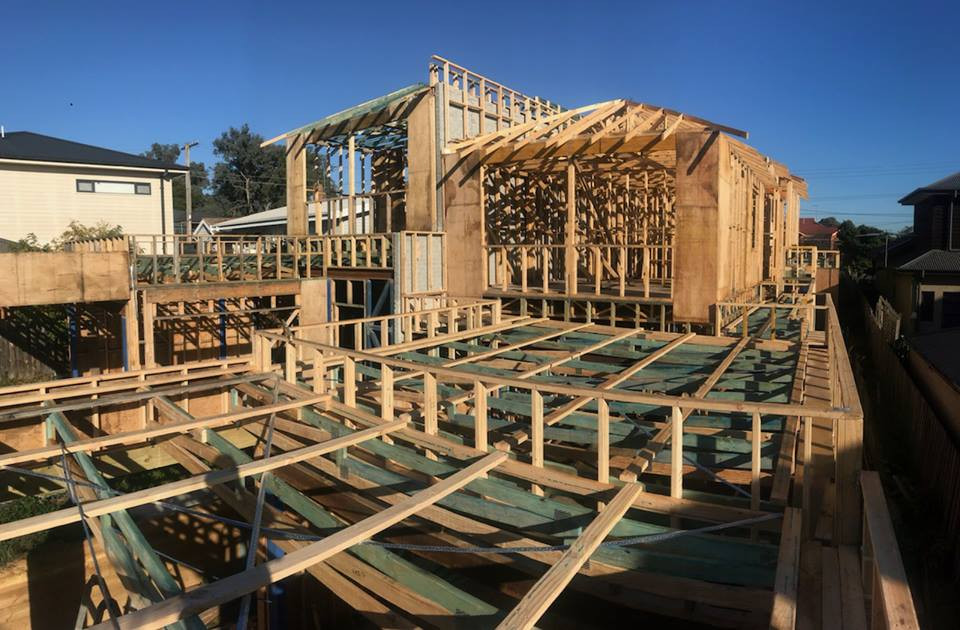 framing house full build with trusses