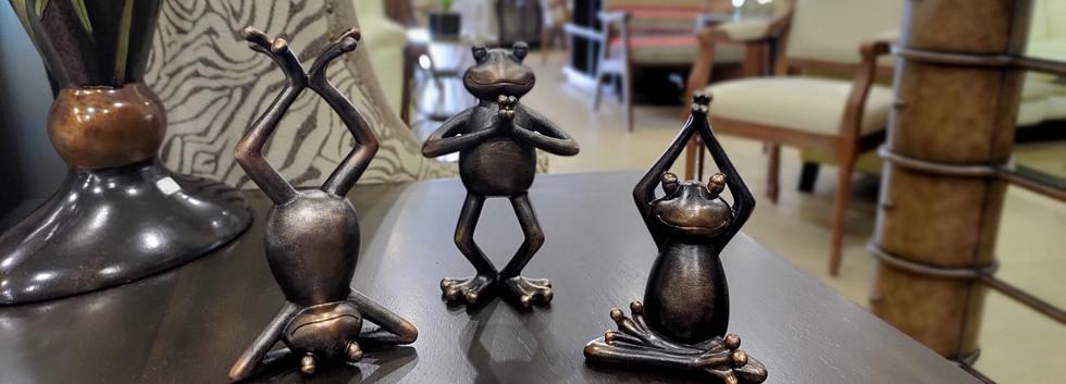 Meditating Yoga Frogs – Set of 3