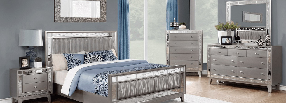 Glam-Style 5-Piece Queen Bedroom Group
