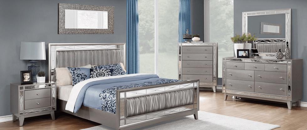 Glam-Style 5-Piece Queen Bedroom Group