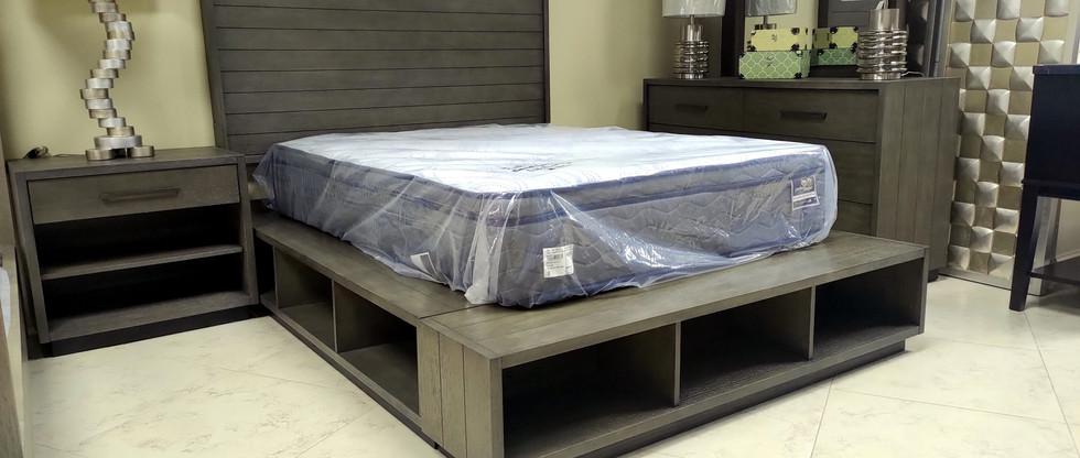 5-Piece Queen Storage Bedroom Group