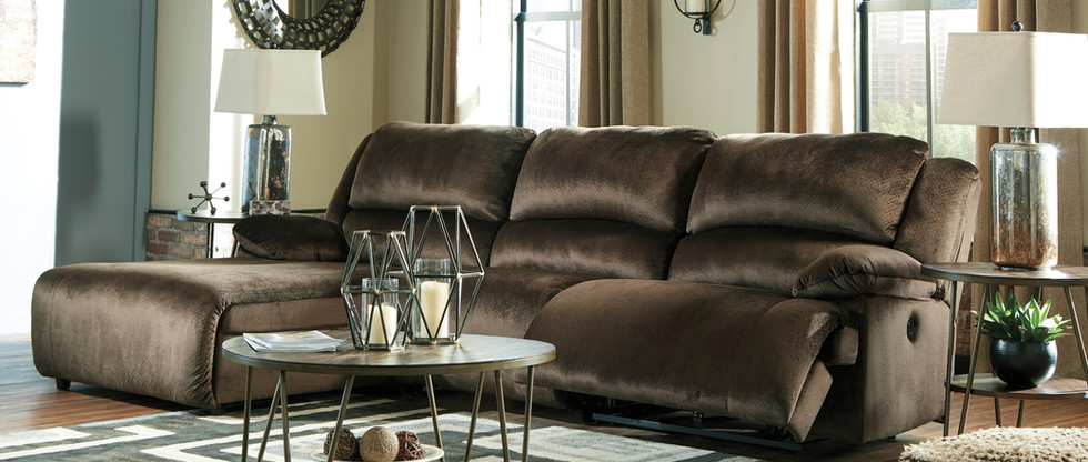 Luxurious Reclining Sectional – Both Ends Recline