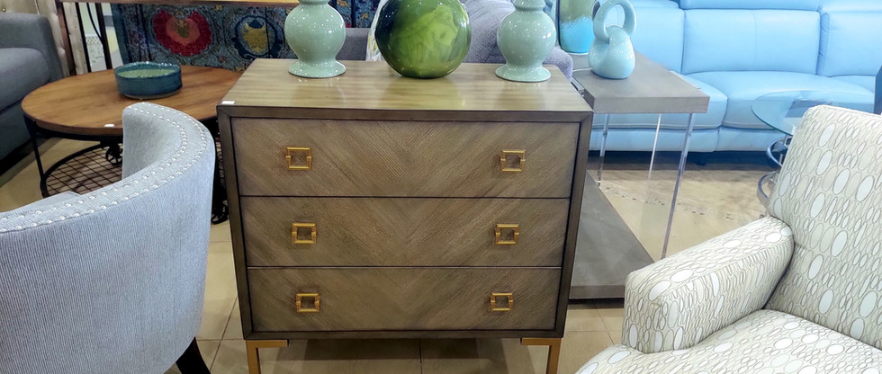 3-Drawer Accent Chest…with Power!