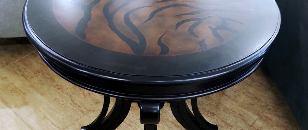 Round End Table w/ Animal Print Top