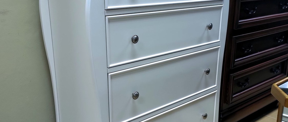 4-Drawer Youth Bedroom Chest – White