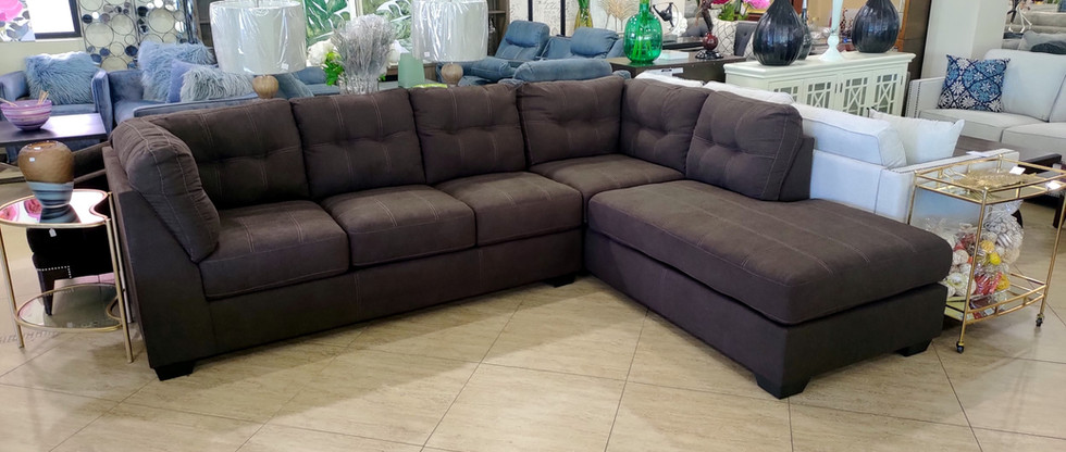 Comfy Sectional with Pull-Out Bed
