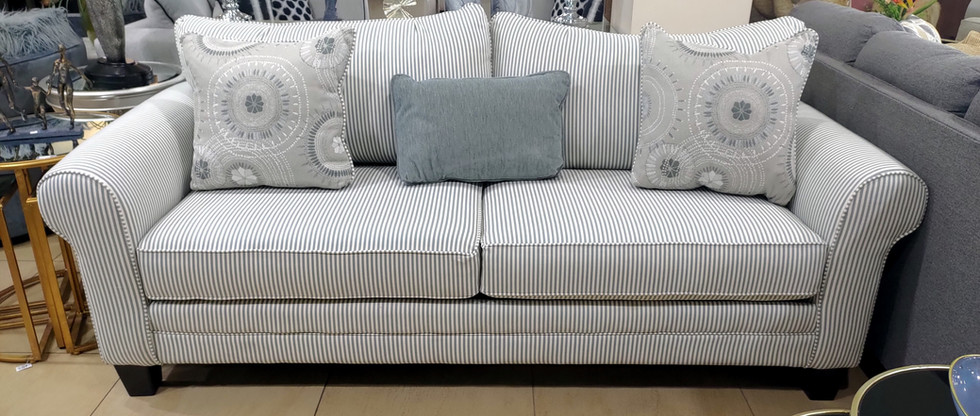 Eye-Catching Sofa with Queen-Size Pull-Out Bed
