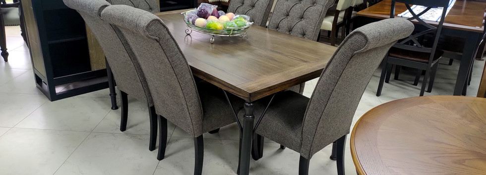 7-pc Dining Set – Vintage-Casual Style