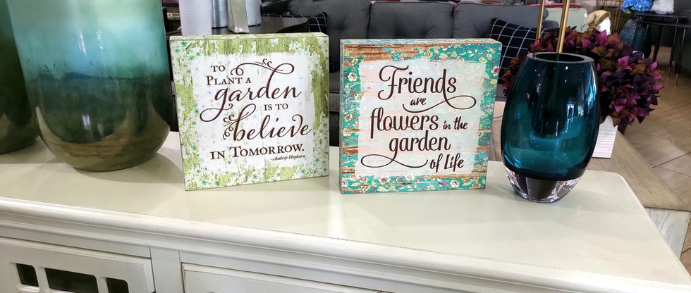 Set of 2 – Garden-Themed Signs