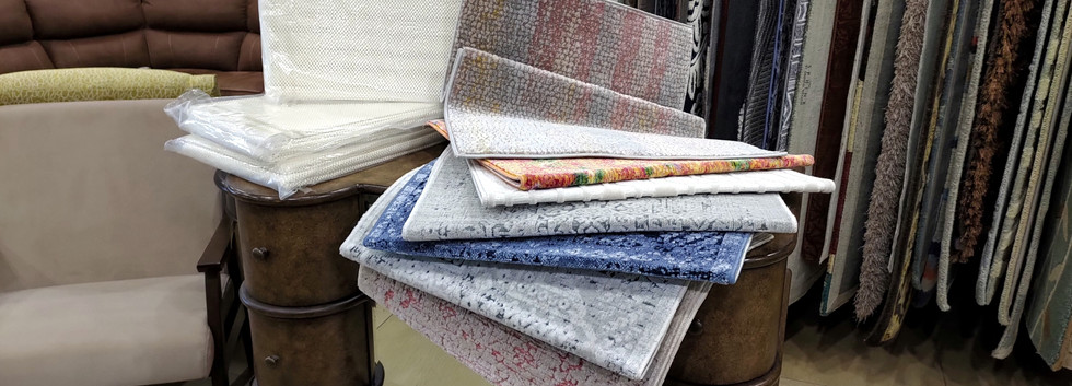 Selection of 2′ x 3′ Rugs