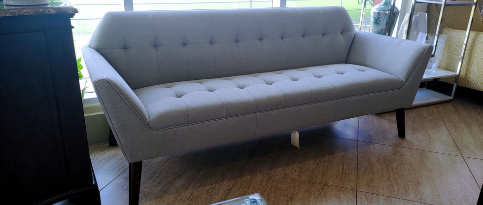 Showpiece Sofa
