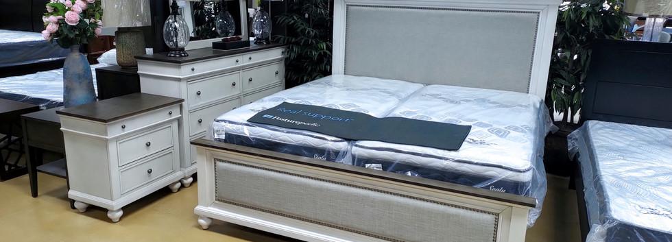 5-Piece Cottage-Style King Bedroom Set