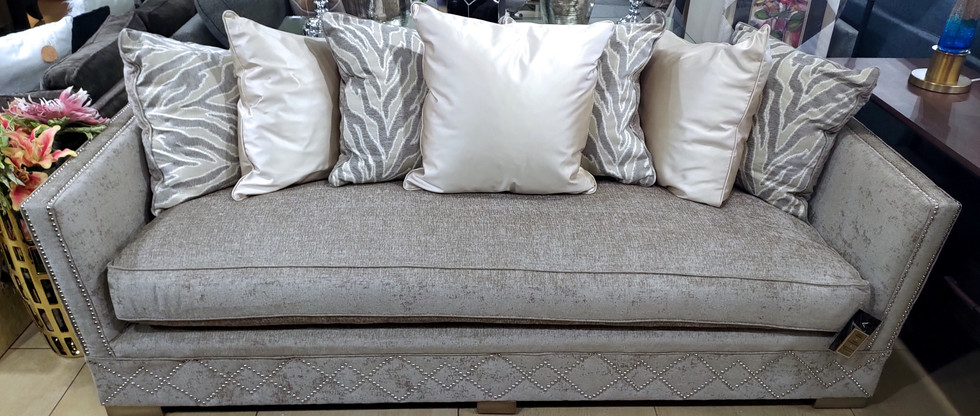 Amazing Sofa!