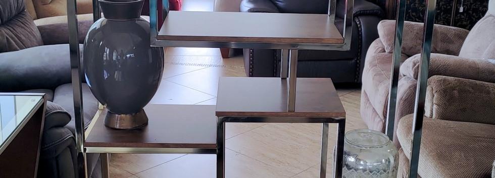 Contemporary Display Shelf / Bookshelf