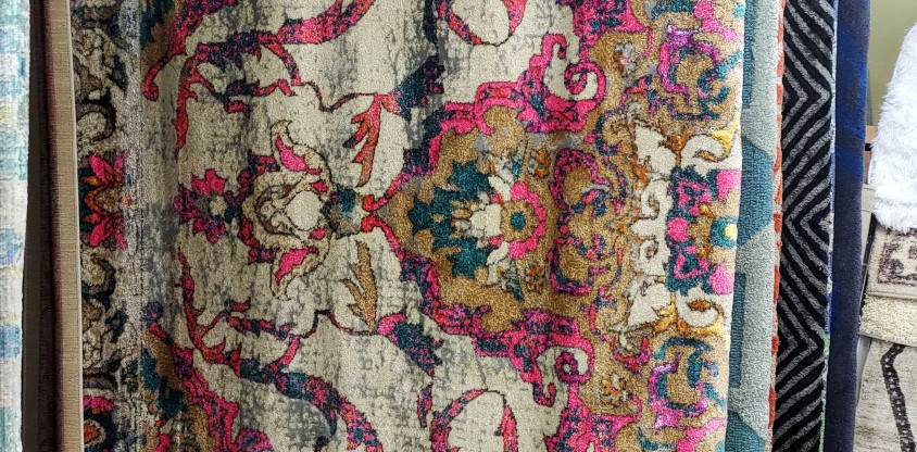 Large Area Rug – 7′10″ x 10′3″
