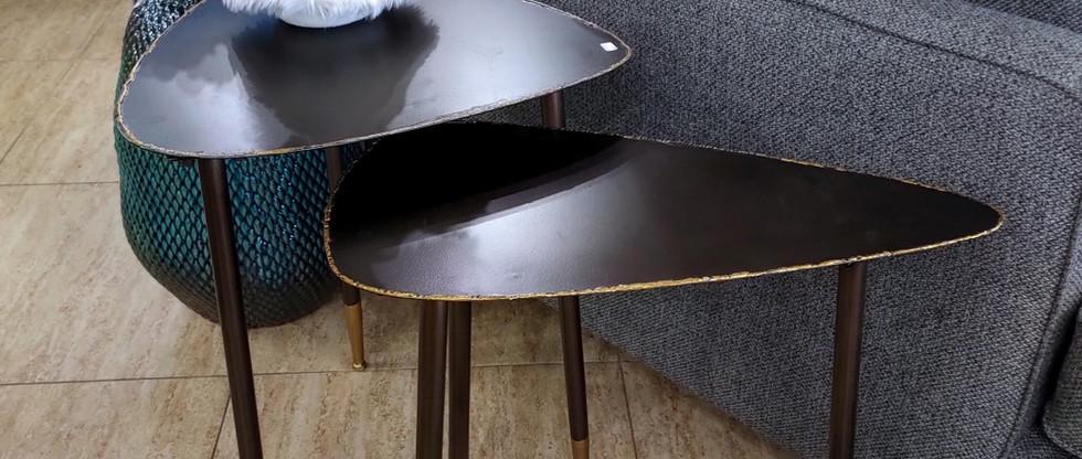 Set of 2 – Metal Nesting Tables