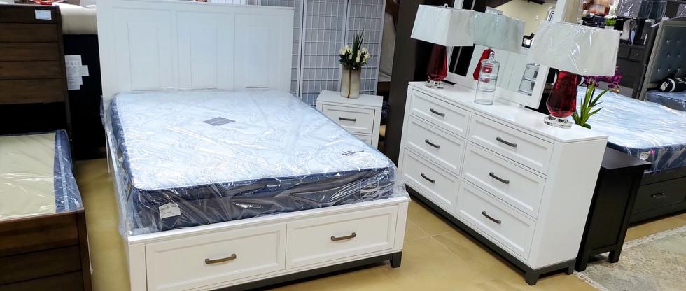 5-Piece Queen Storage Bedroom Set