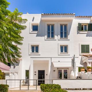Townhouse Retreats Marbella