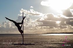RPole_Strada_Free_Standing_Dance_Pole