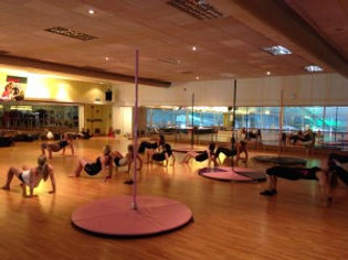 Crawley pole dance fitness class