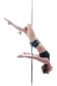 Pole-fitness-instructor-amy3.jpg.jpg