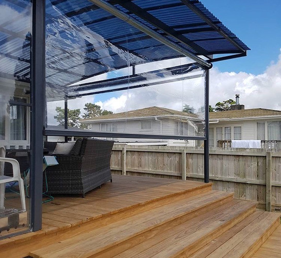 Polycarbonate canopy, Clear Screens