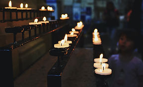 white-tealight-candles-lit-during-nightt