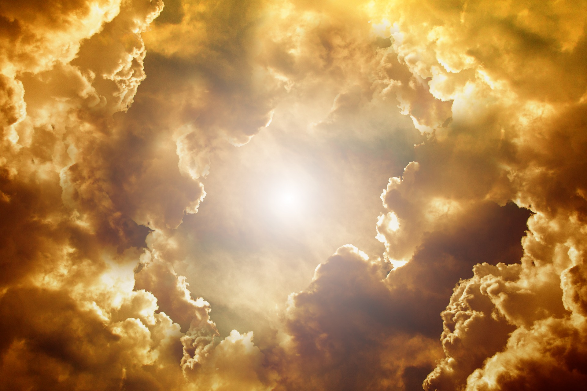 sky-3335585_1920