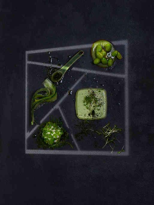 Green in geometric Light