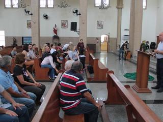Paroquianos se reúnem para a Manhã de Espiritualidade sobre o Advento