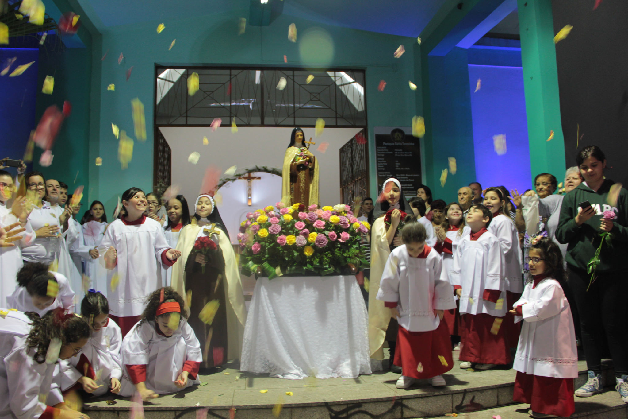 Festa da Padroeira Santa Teresinha