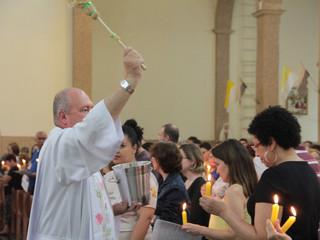 Comunidade celebra Missa de Nossa Senhora da Luz e Apresentação do Senhor