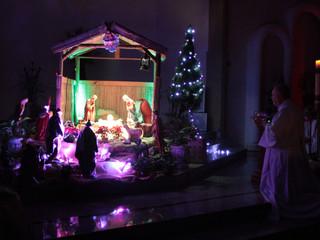 Paróquia Santa Teresinha recorda o nascimento de Jesus na Missa do Galo