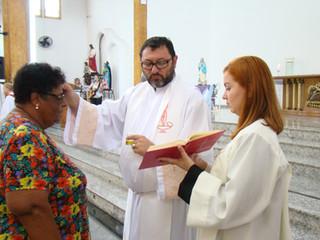 Unção dos Enfermos é concedida na Missa em Louvor a Nossa Senhora de Lourdes