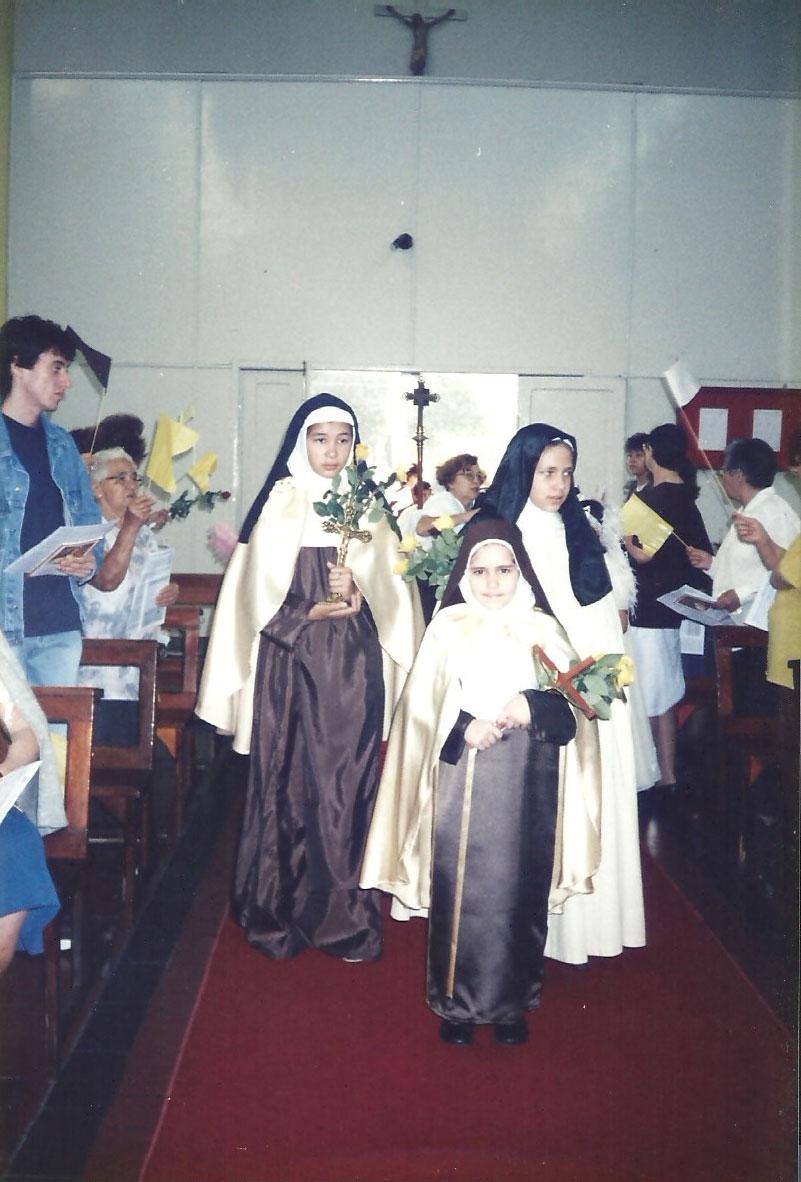 1998_(setembro)_-_Visita_das_Relíquias_de_Sta._Teresinha_-_Pe._Mateus_(4)