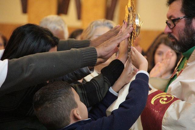 visita-imagem-peregrina-missa-da-familia (3)