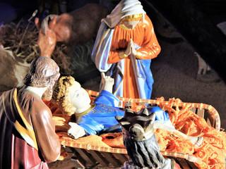 Comunidade reúne-se pela manhã para celebrar a Missa do Natal