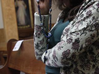 A importância da oração do Santo Rosário