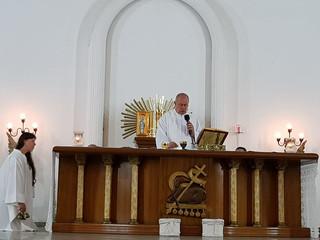 Pe. João Aroldo celebra 1ª missa na Paróquia Santa Teresinha rezando pelas Vocações Sacerdotais
