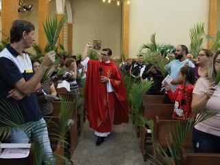 Com a celebração do Domingo de Ramos, comunidade de Santa Teresinha dá início à Semana Santa 2019