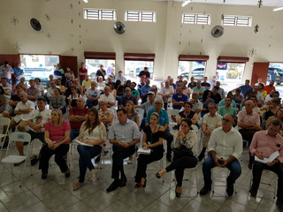 Paróquia sedia reunião do prefeito de Santo André com comerciantes da região