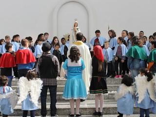 Setor Kids realiza Coroação de Nossa Senhora na Solenidade da Santíssima Trindade