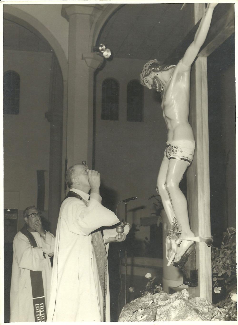 Entronização da imagem de Jesus Crucificado, em 1978