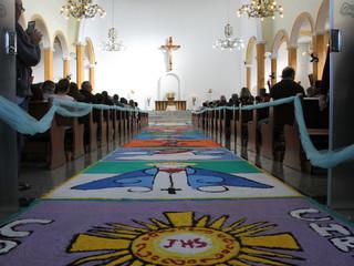 Paróquia Santa Teresinha se reúne para celebrar Corpus Christi