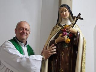 Na missa de posse, comunidade deseja boas-vindas ao Padre João Aroldo Campanha